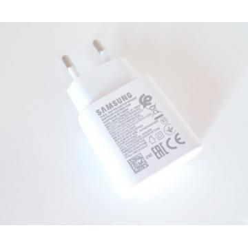 Samsung EP-TA800EWE...